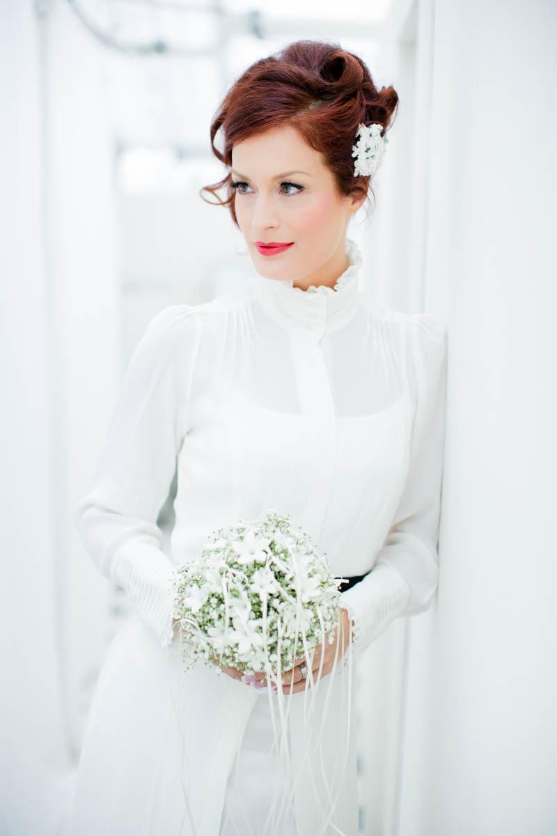Winterhochzeit brautkleid  Winterhochzeit Inspiration – Hochzeitswahn – Sei inspiriert