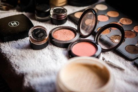 Make-up Artist –  küssdiebraut trifft … die Schminktante