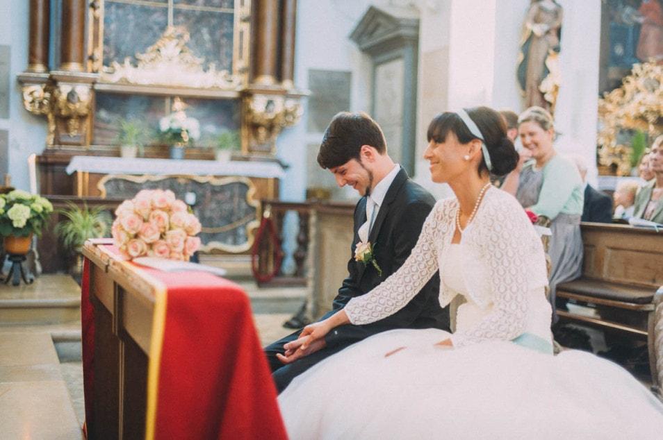 Brautpaar ist aufgeregt vor dem Ja-Wort