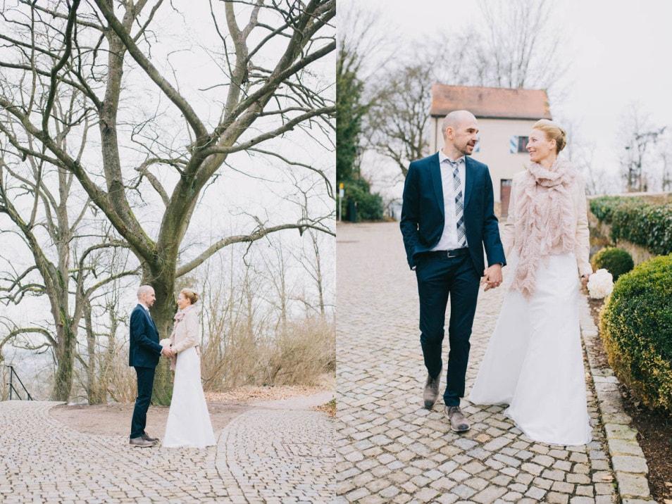 Brautpaar im Burghof