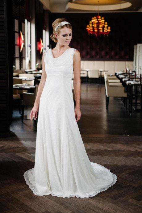 Hochzeitskleid Wasserfall in zarter Nostalgie Lochspitze – Rosalie