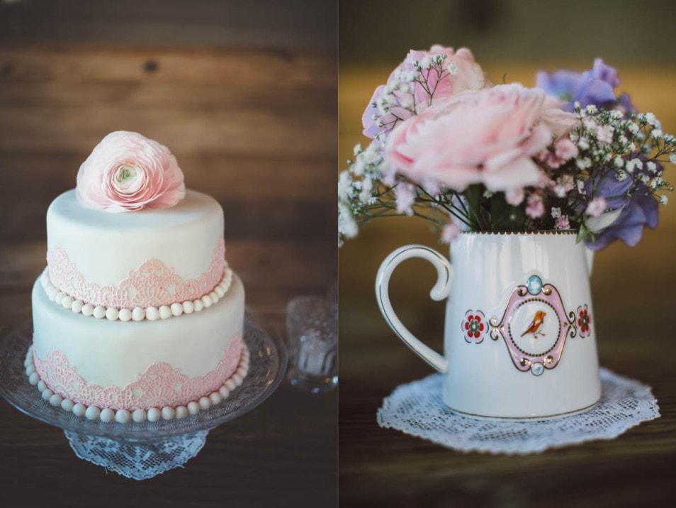 Hochzeitstorte und romantisches Blumenbouquet