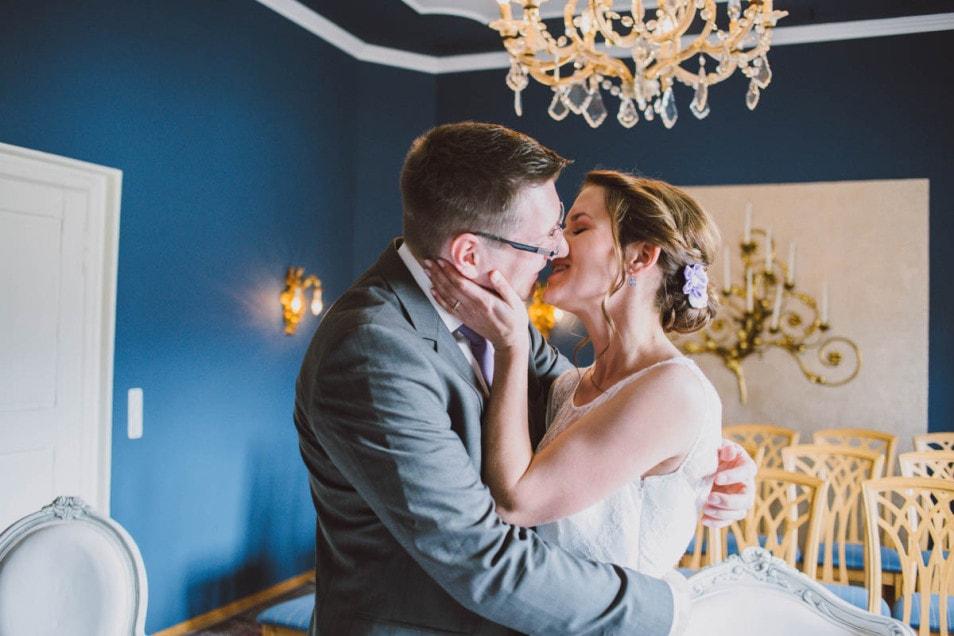 Sie können die Braut jetzt küssen
