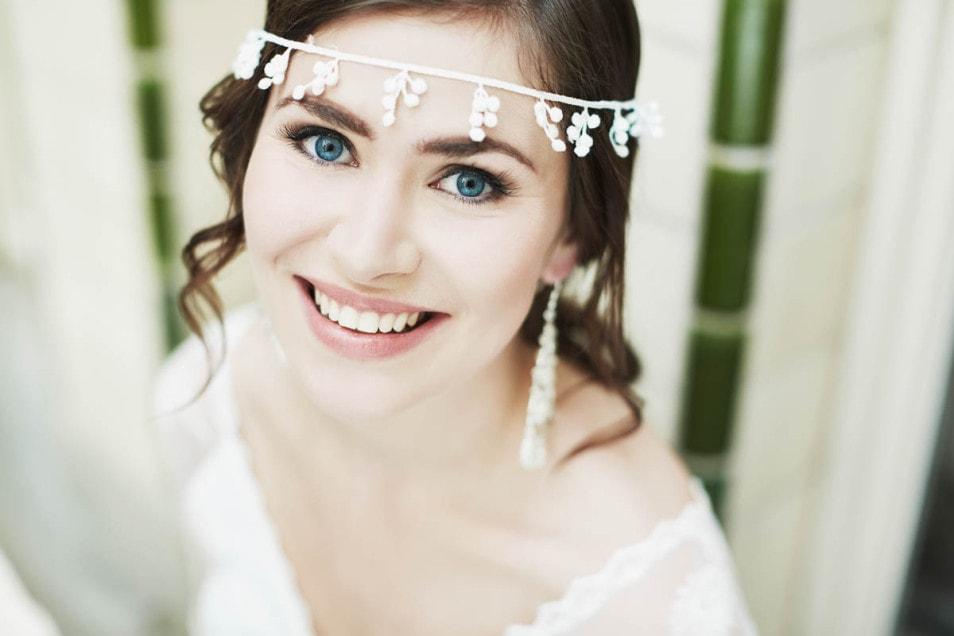 Braut mit Boho Accessoire