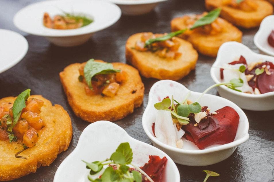Fingerfood für die Hochzeitsgesellschaft