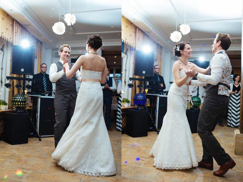 Der Hochzeitstanz im kleinen Kreis
