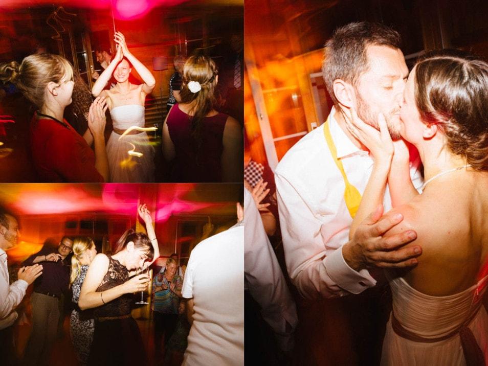 Das Brautpaar beim Tanzen