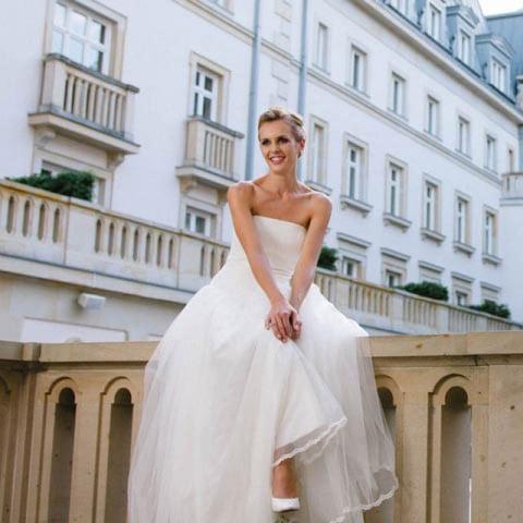 Schlichte Brautkleider – elegant zeitlose Kombinationswunder