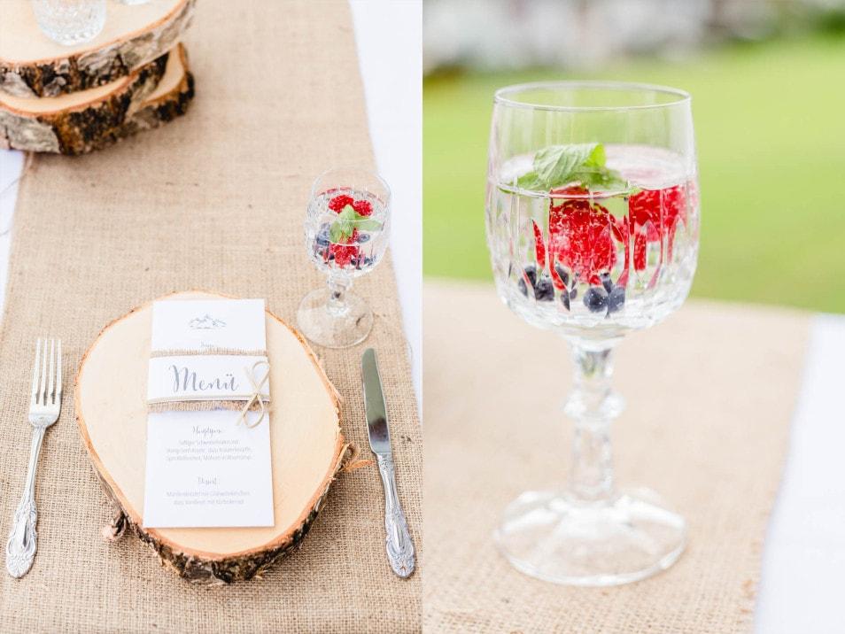 Getränk mit frischen Früchten zur Hochzeit