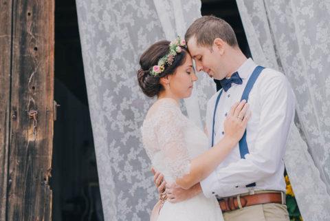 DIY Hochzeit – rustikal originelles Scheunenfest!