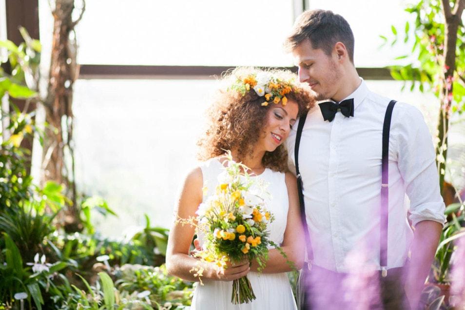 verträumtes Brautpaar
