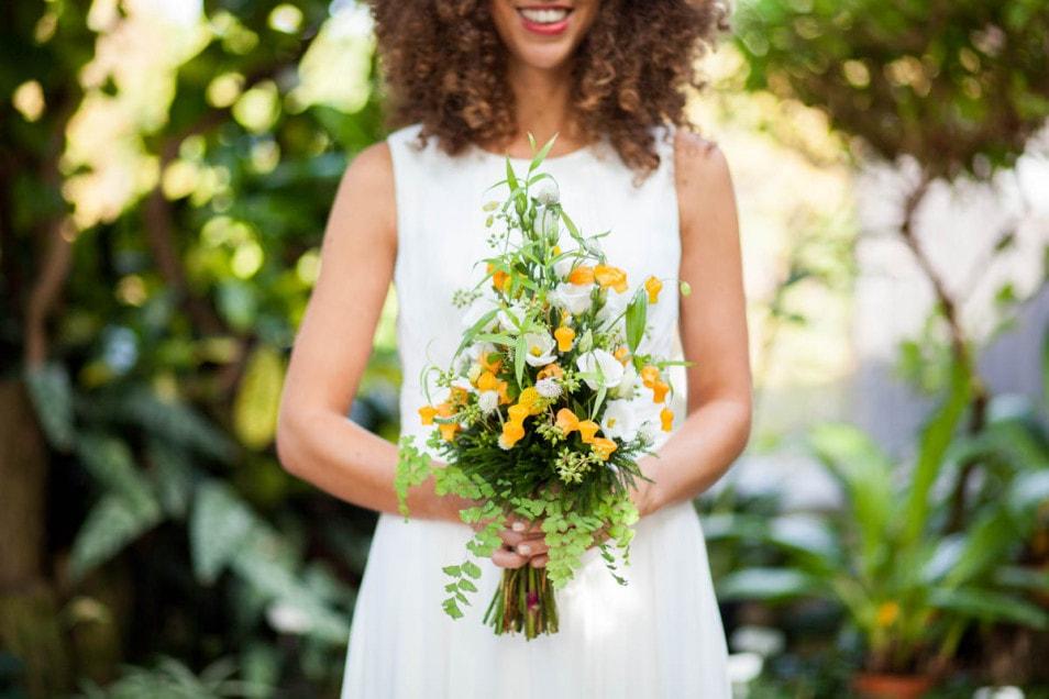 toller Brautstrauß in frischen Farben