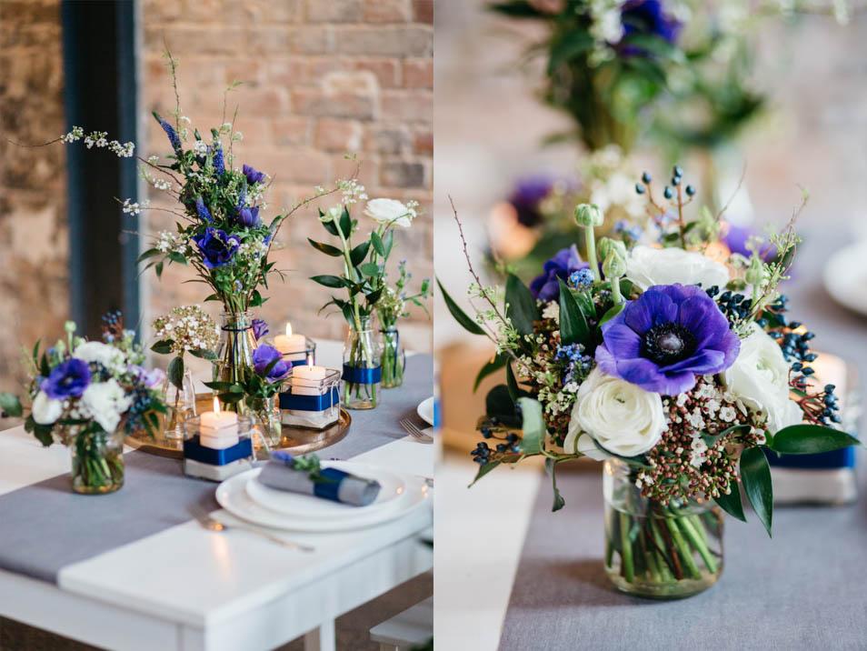 Tischdeko in Blautönen