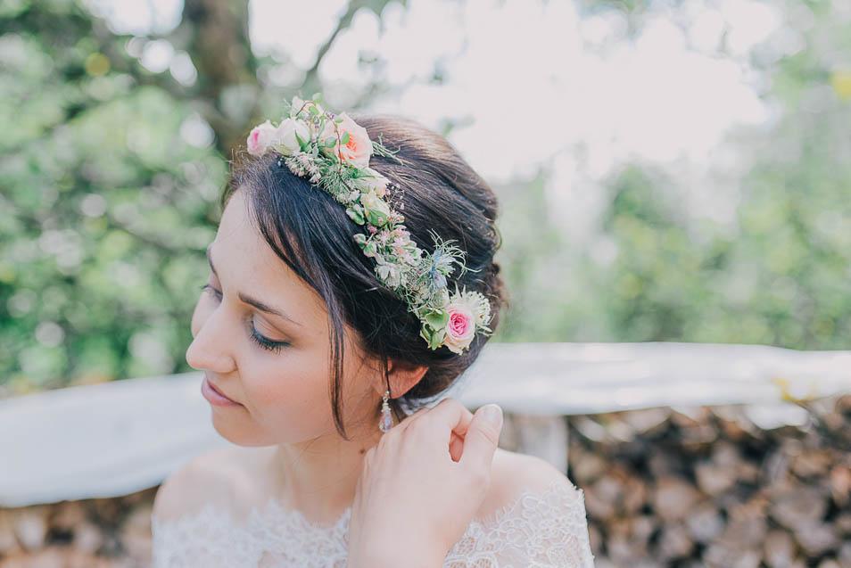 Braut bunter Haarschmuck