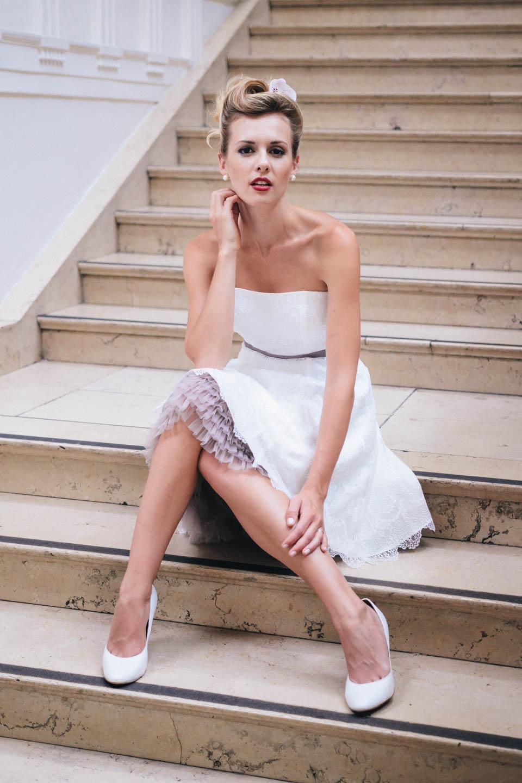 Brautkleid Petticoat - kurzes Spitzenkleid