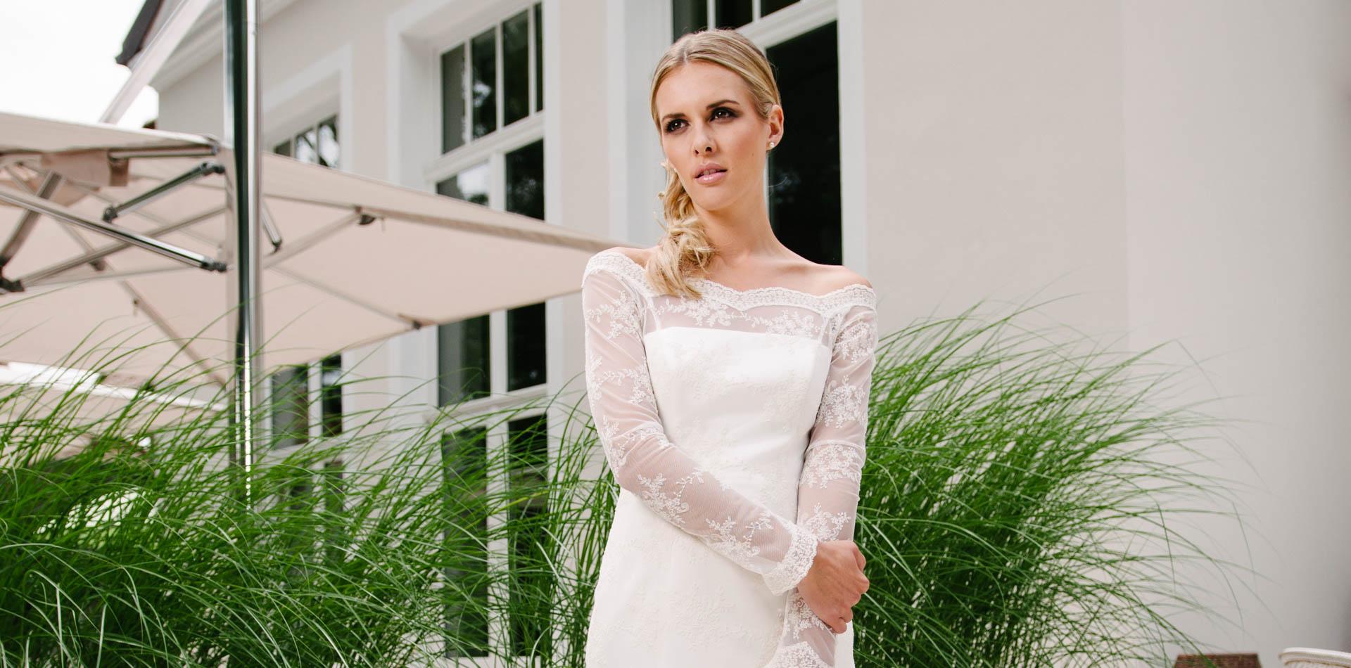 Brautkleid Carmenausschnitt – Vintage-Spitze mit Langarm – Susette