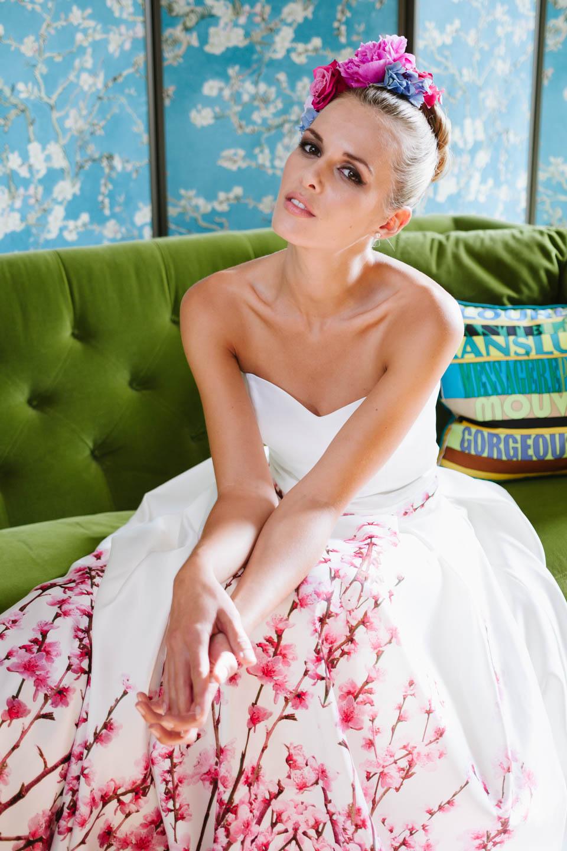 Brautkleid mit Farbe Kirschblütendruck Herzausschnitt und Taschen