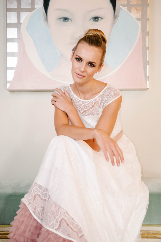 Brautkleid mit Trägern und Petticoat