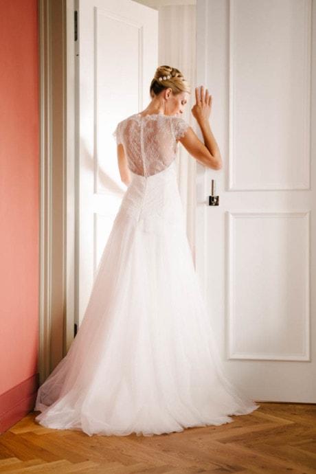 Brautkleid Rücken Spitze – mit Godet Tüllrock – Peppina