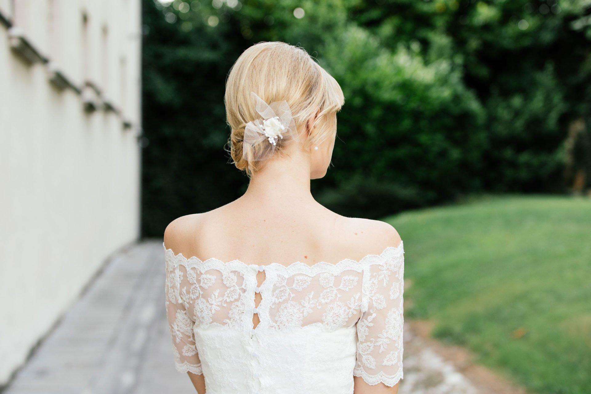 Brautkleid schulterfrei - Spitzenkleid mit Spitzenbolero