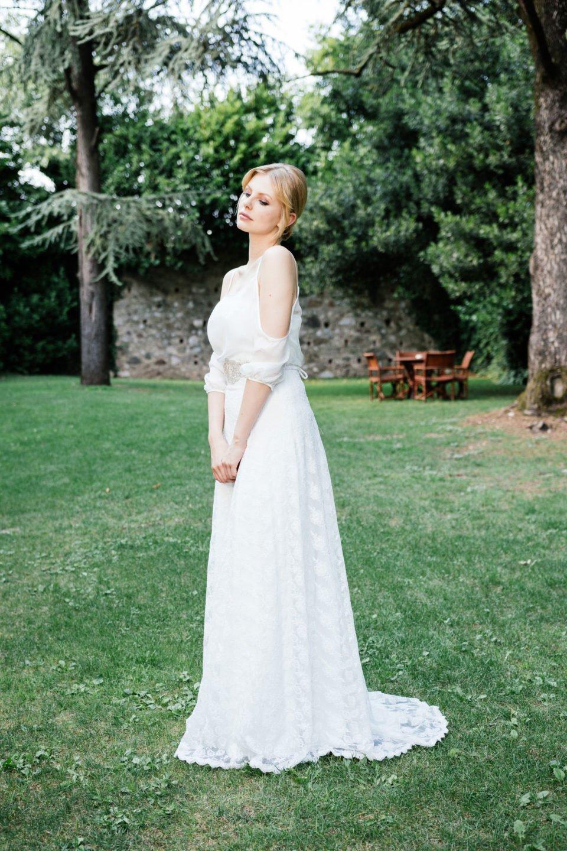 Brautkleid schulterfrei mit Seidentop