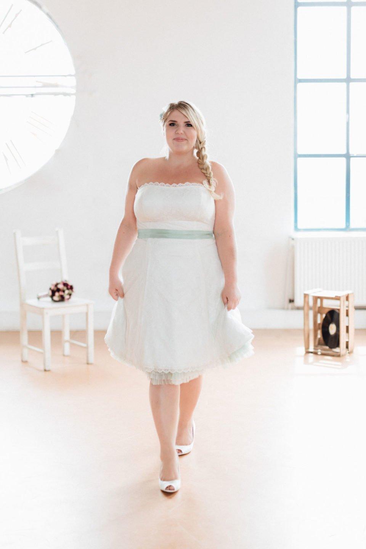 Brautkleider Größe 48 50 52 Kelly