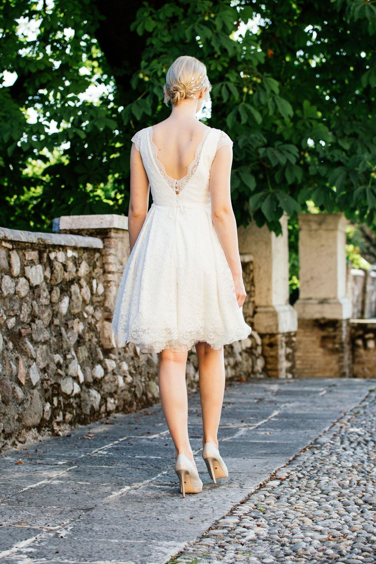 Rockabilly Hochzeitskleid - mit Taschen und Flügelarm Rücken
