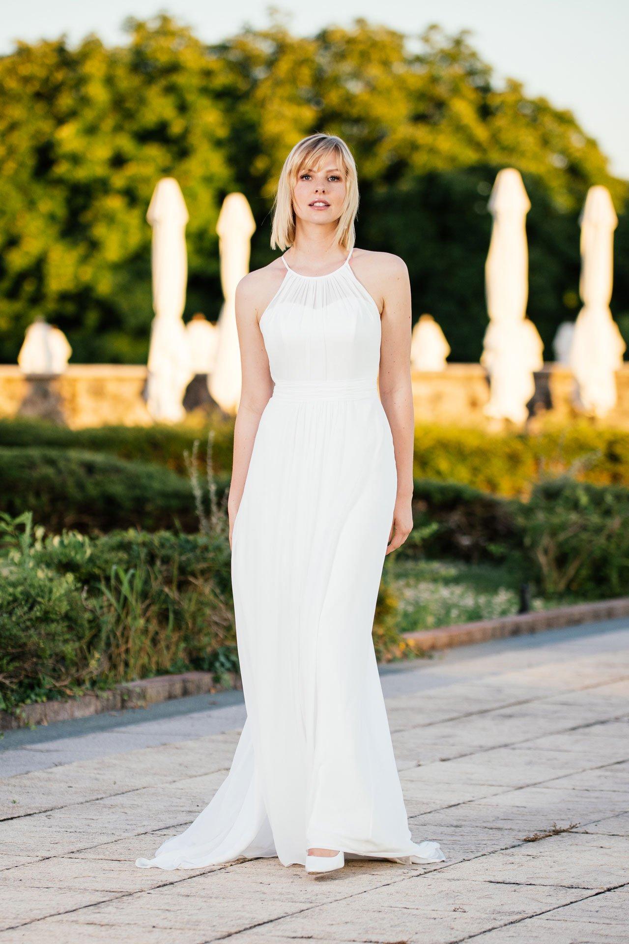 schlichtes Brautkleid