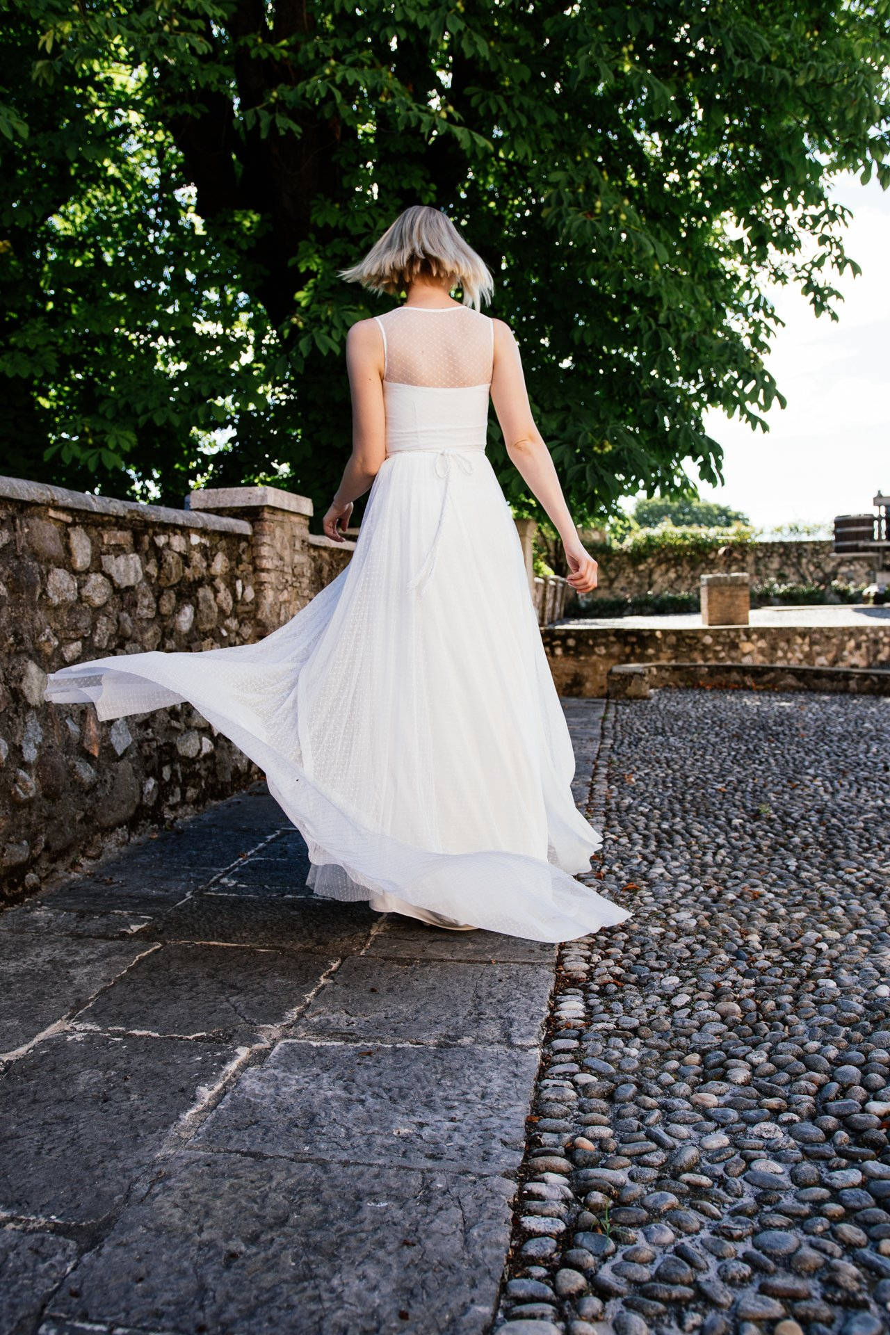 Schönes Brautkleid besonders und schlicht