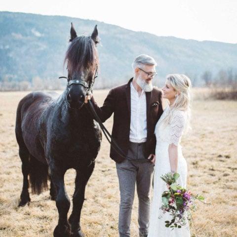 Boho Braut – natürliche Hochzeitsinspiration im Spitzenkleid