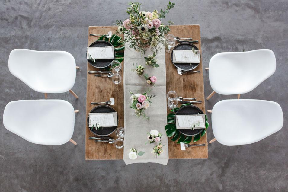 moderne Tischdekoration im Goldbergwerk Fellbach