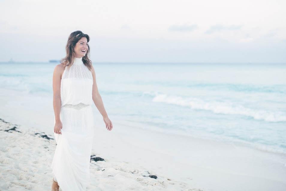 Braut im Strand Hochzeitskleid