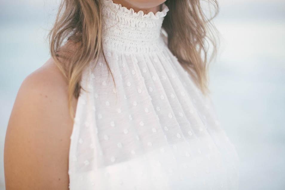 Hochzeitskleid mit Stehkragen
