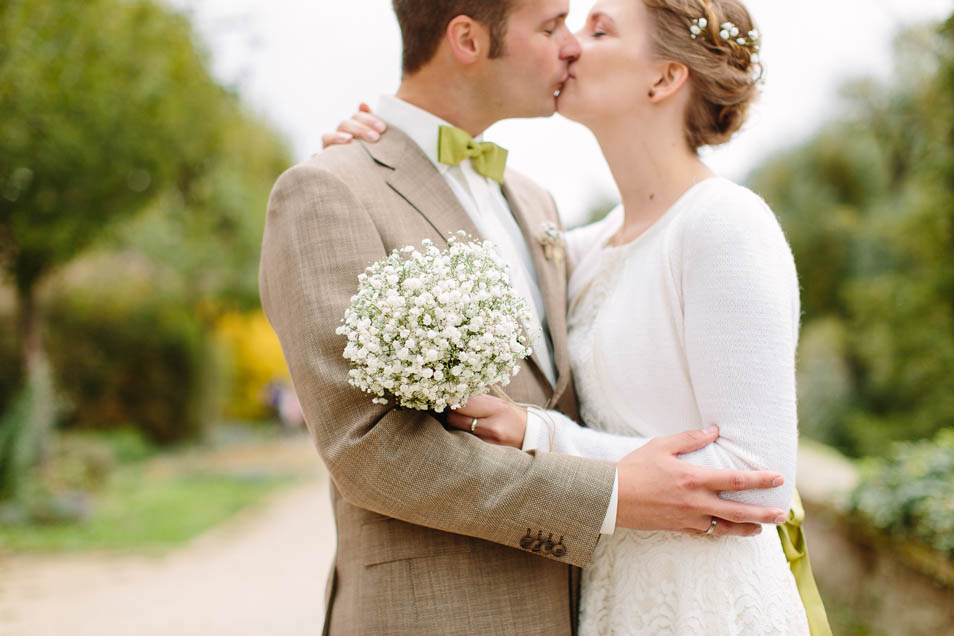 Pärchenfoto Kuss Brautpaar