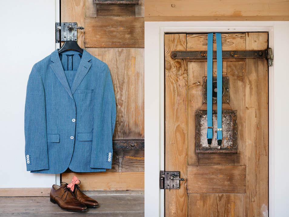Hellblauer Anzug für die Hochzeit