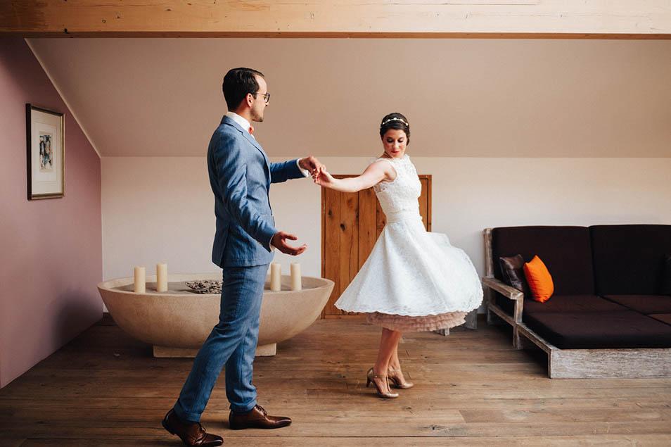 schwingendes 50ies Brautkleid mit Petticoat