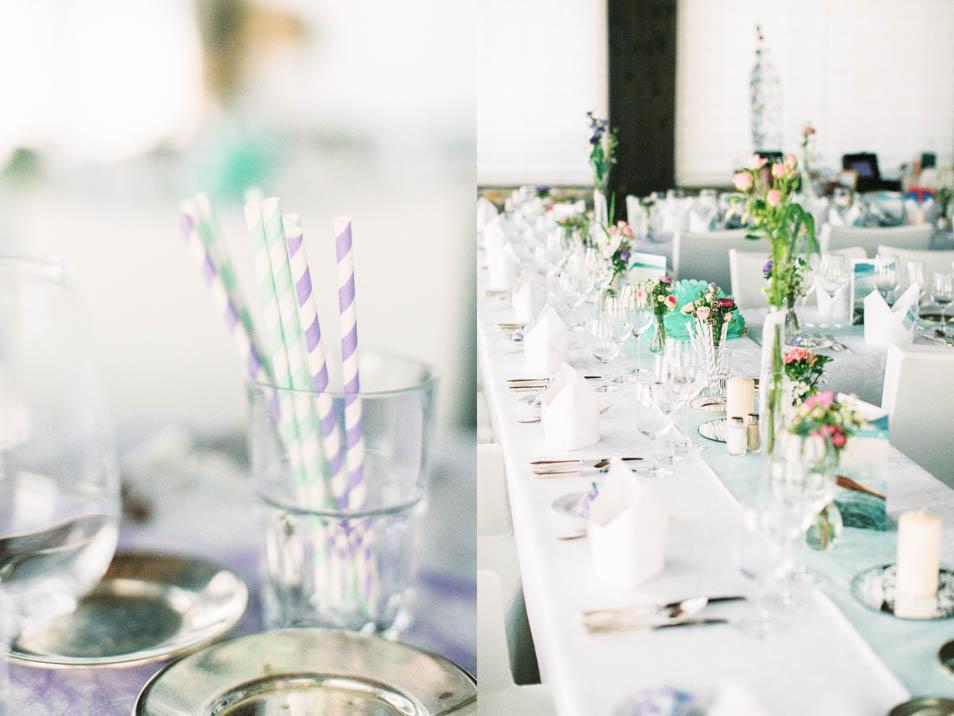 Hochzeitstafel eingedeckt in Mint und Lila