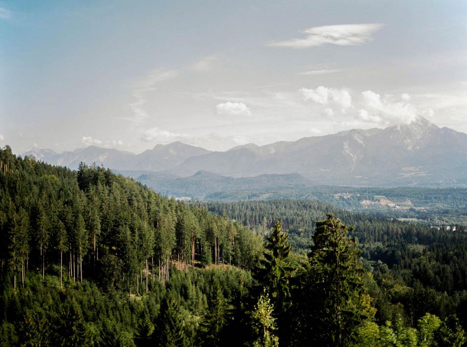 Ausblick von der Burgruine Landskron
