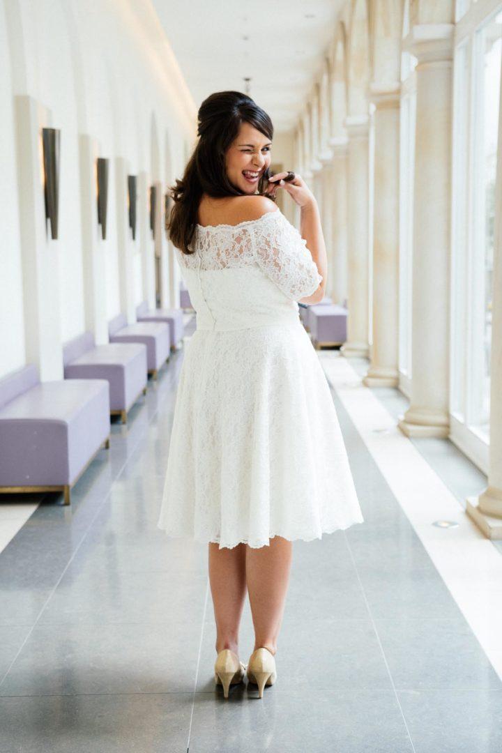 kurzes Vintage Brautkleid in großer Größe