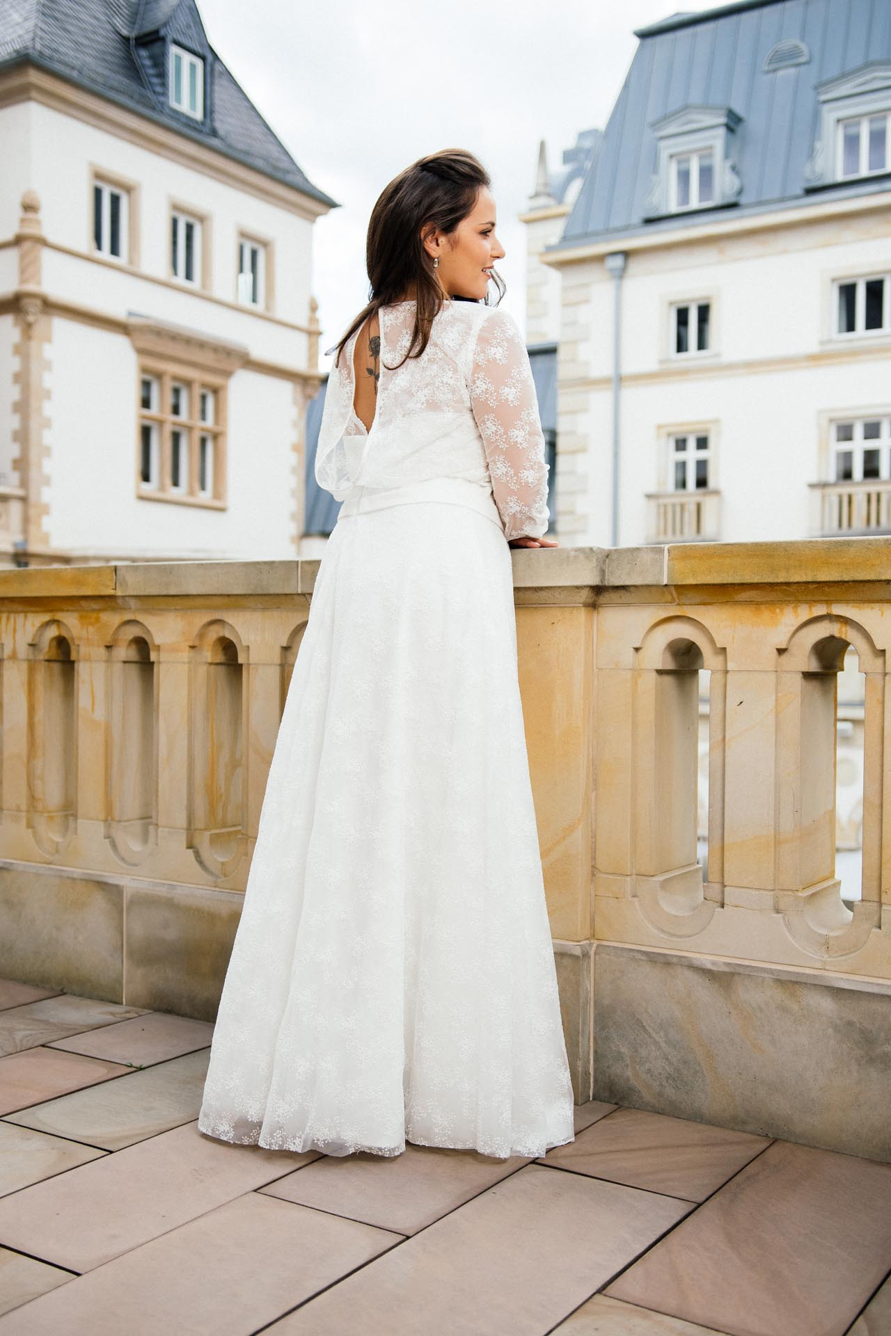 Brautkleider große Größen – moderne Hochzeitskleider in 48,50 und 52!