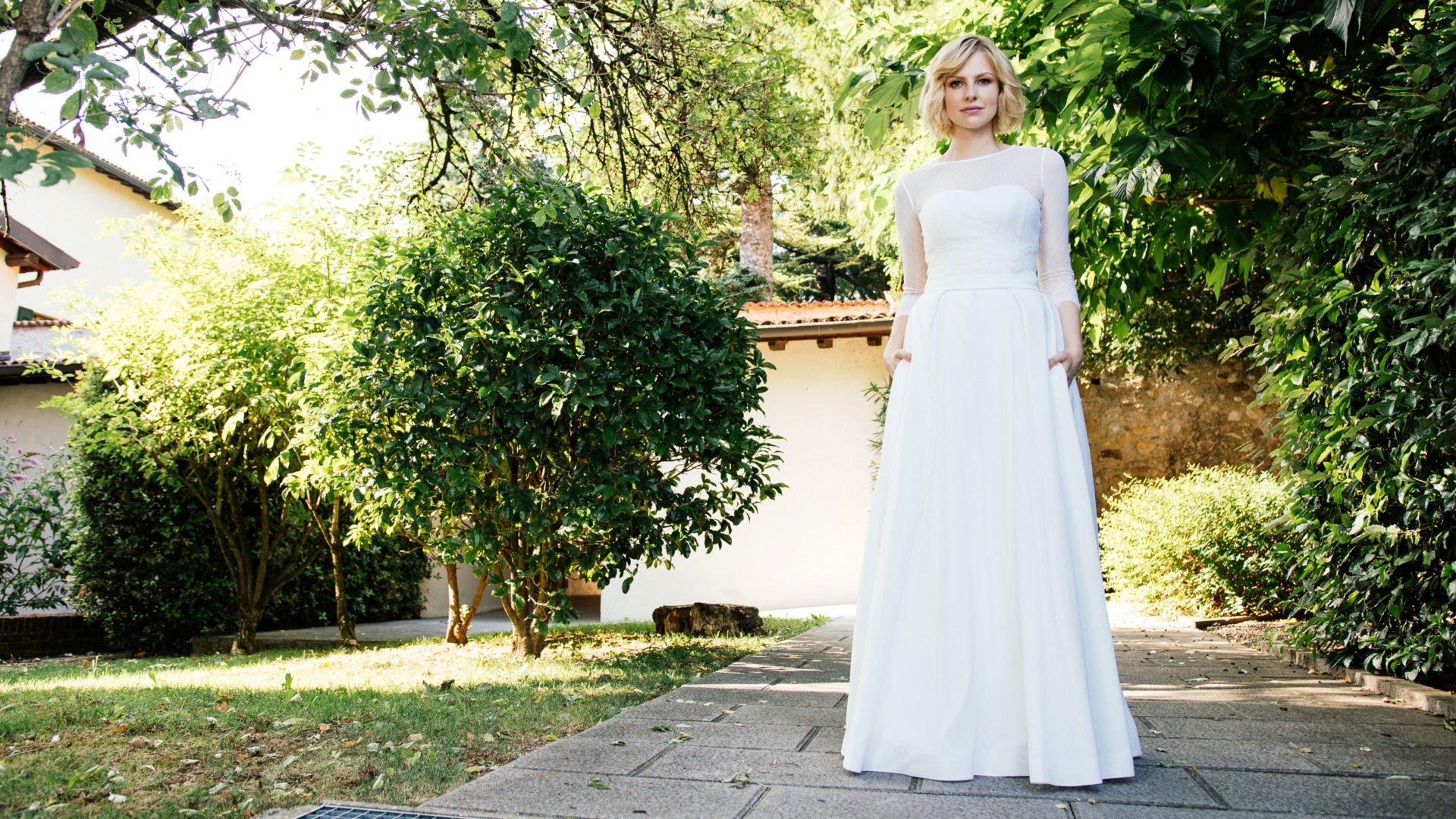 Brautkleid Corsage –Spitzenkleid, Taschen und Bolero