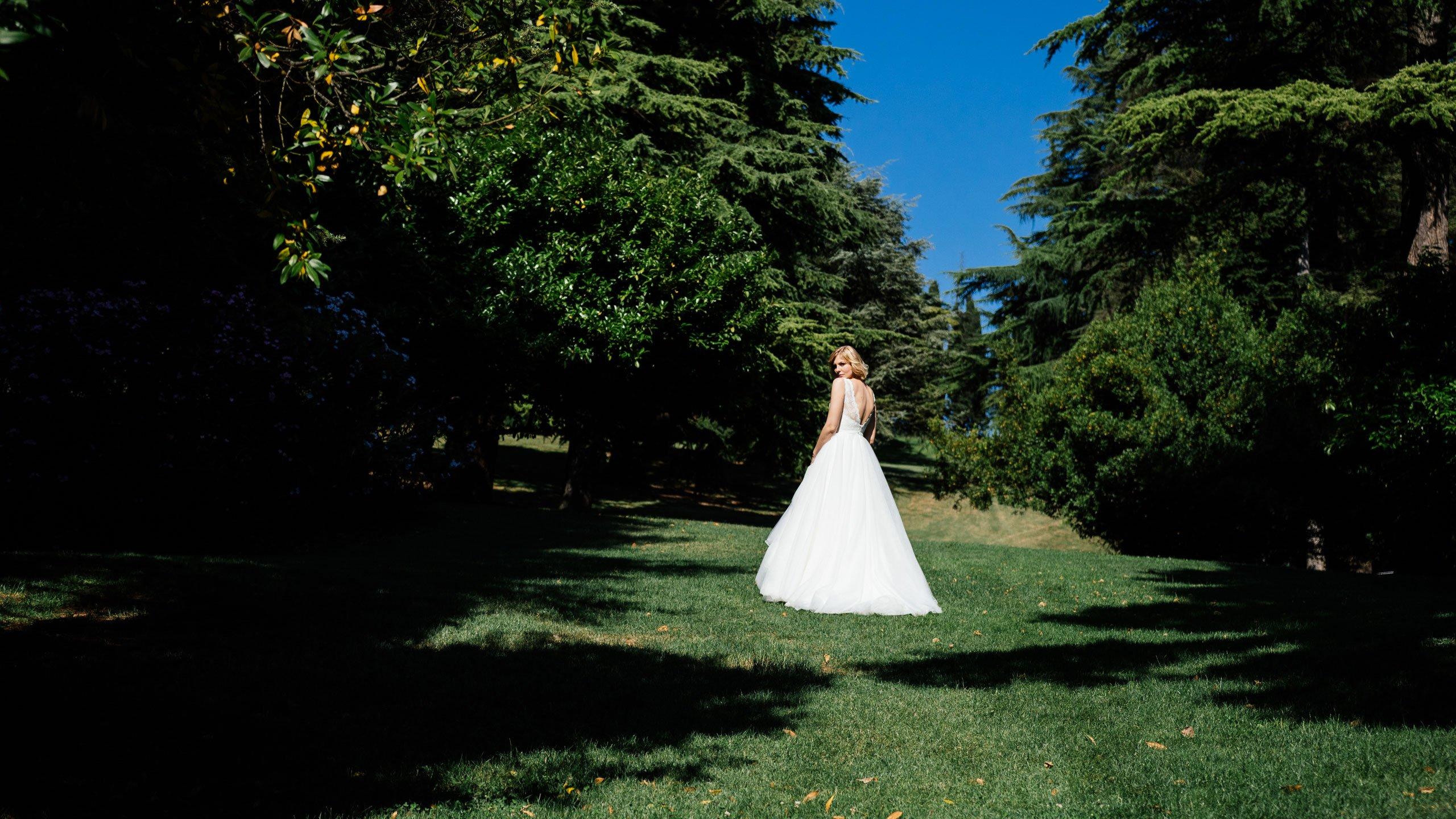 Duchesse Brautkleid im 50er Jahre Stil rückenfrei