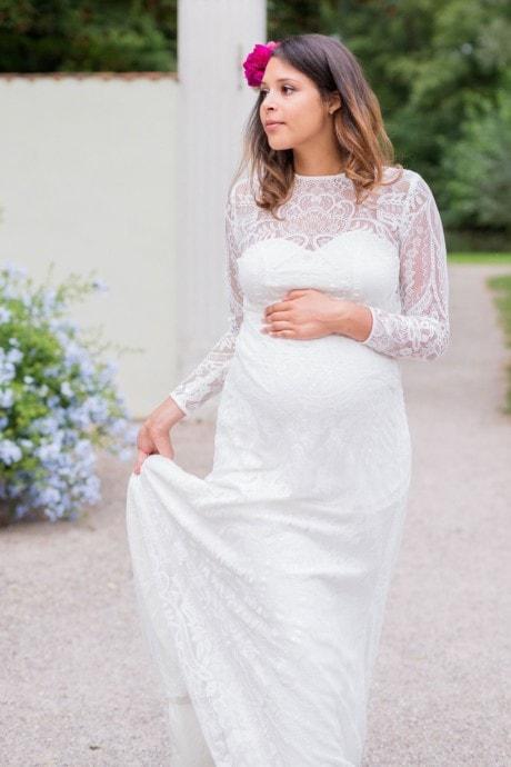 Schwanger heiraten – lange Brautkleider für werdende Mamis