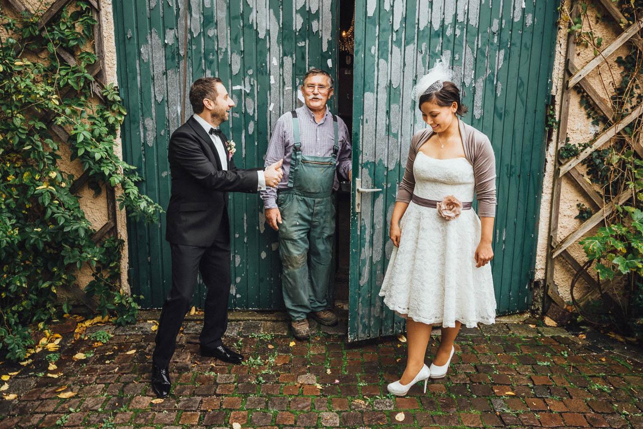 Brautpaar vor der Alten Gärtnerei