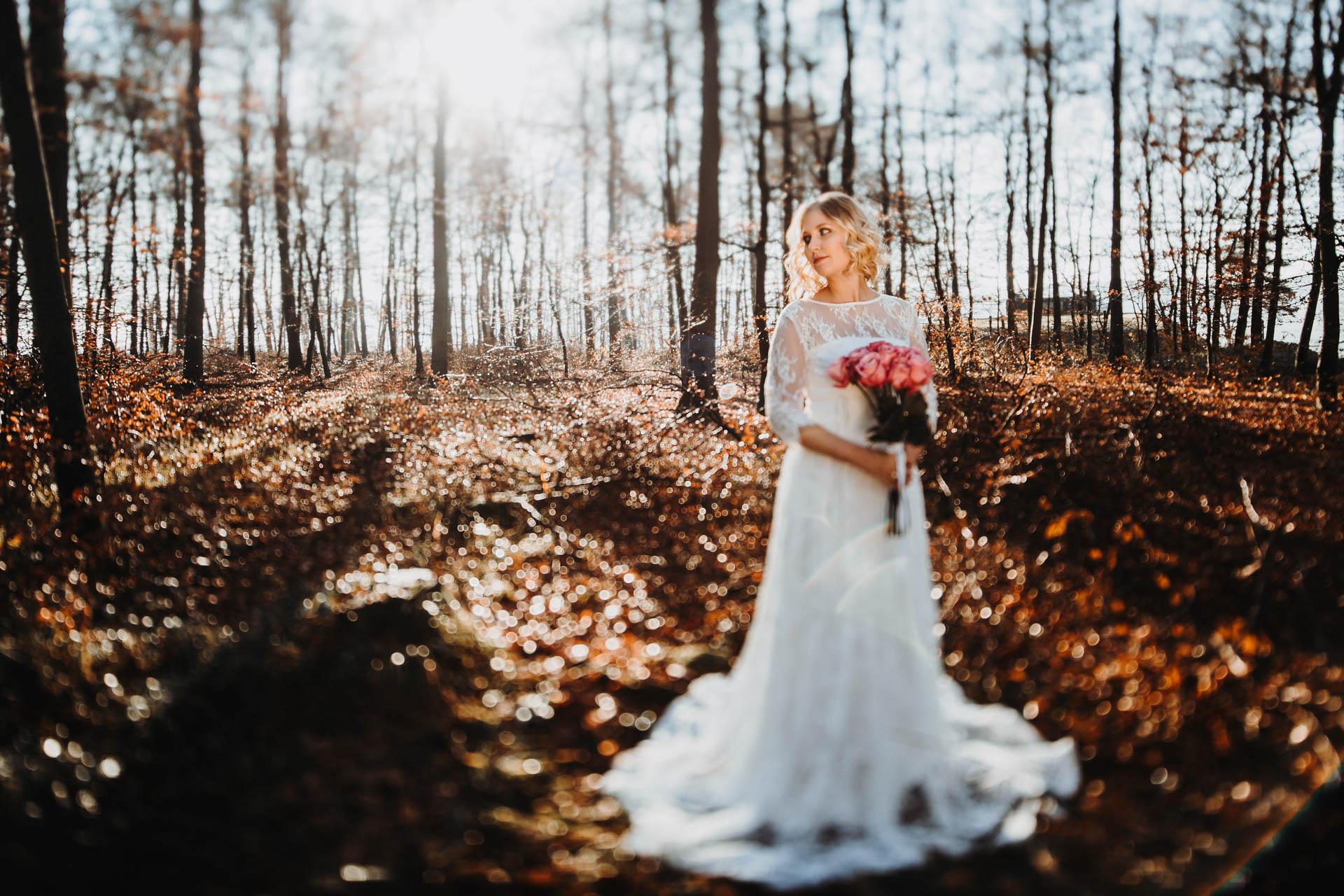 Boho Braut im Wald