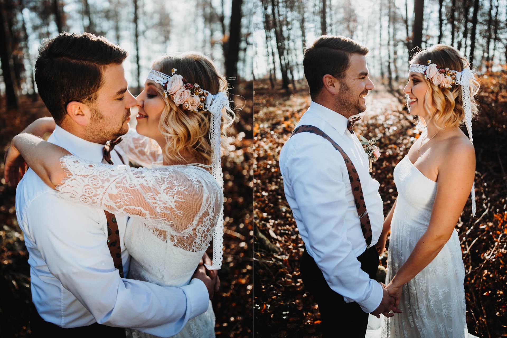 Küssendes Boho Brautpaar