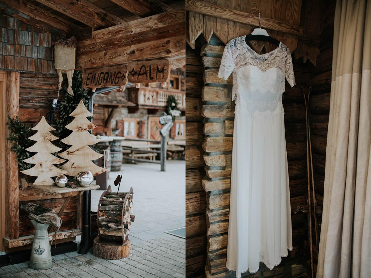 Eingang zur Hochzeitsalm und Brautkleid