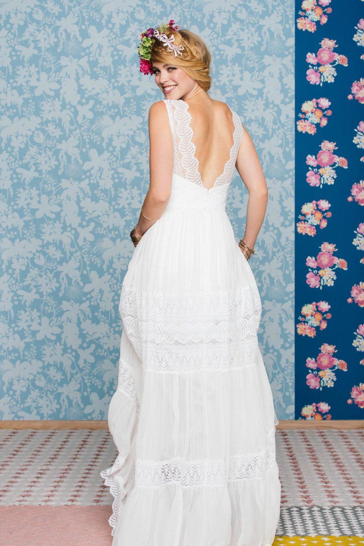 Boho Brautkleid mit tiefem Rücken