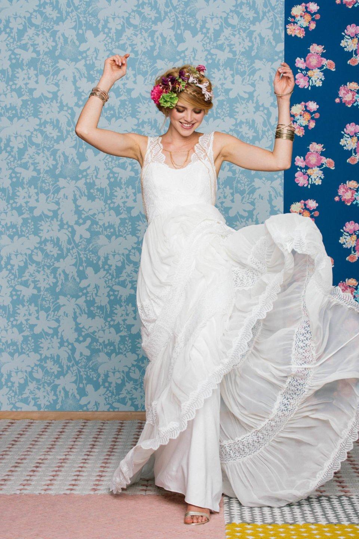 Boho Hochzeitskleid mit fließendem Rock