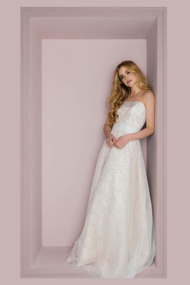 Brautkleid farbig – Corsagenkleid in Tüll mit Nude unterlegt – Loretta